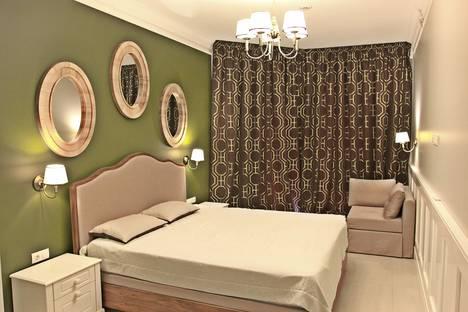 Сдается 3-комнатная квартира посуточнов Гаспре, ул. Дражинского, 4А.