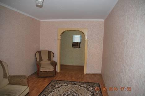 Сдается 3-комнатная квартира посуточно в Тольятти, Автостроителей, 82.