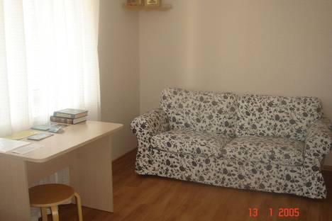 Сдается 2-комнатная квартира посуточно в Дивееве, ул. Симанина, 7.