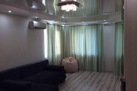 Сдается 1-комнатная квартира посуточнов Энгельсе, ПОЛТАВСКАЯ 11/1.