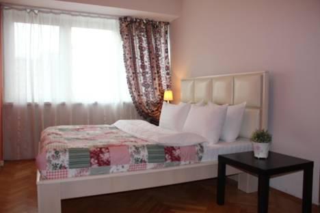 Сдается 2-комнатная квартира посуточно в Москве, Ленинский проспект, 94а.