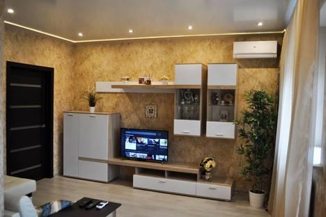 Сдается 1-комнатная квартира посуточнов Ростове-на-Дону, ул. Батуринская, 165.