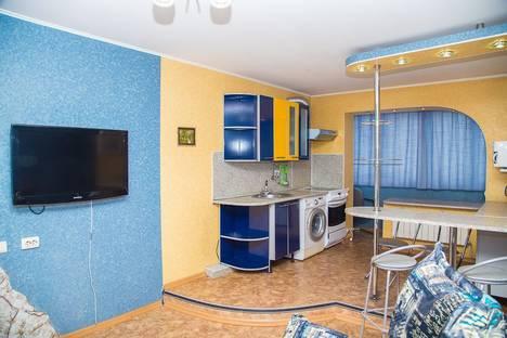 Сдается 2-комнатная квартира посуточно в Южно-Сахалинске, ул. Хабаровская, 42.