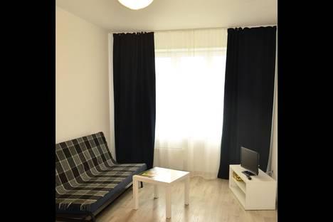 Сдается 1-комнатная квартира посуточнов Тюмени, Зелинского 17.