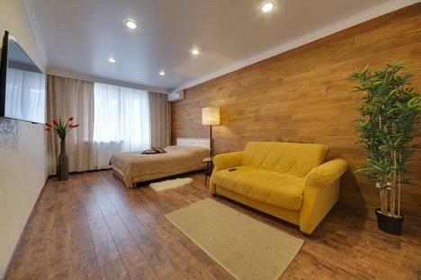 Сдается 1-комнатная квартира посуточно, ул. Московская, 99.