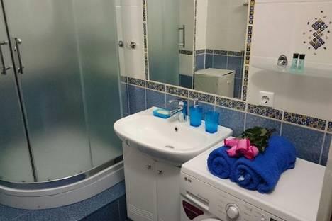 Сдается 2-комнатная квартира посуточно в Алматы, Байсеитовой 40.