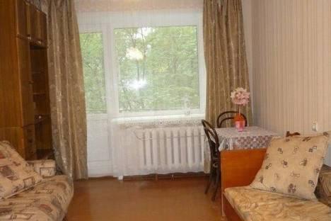 Сдается 1-комнатная квартира посуточно в Архангельске, Дзержинского, 25.