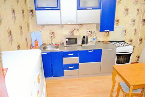Сдается 2-комнатная квартира посуточно в Костроме, ул. Индустриальная, 19Б.