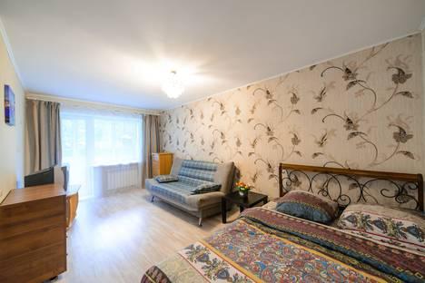 Сдается 1-комнатная квартира посуточно во Владивостоке, ул. Башидзе, 12.