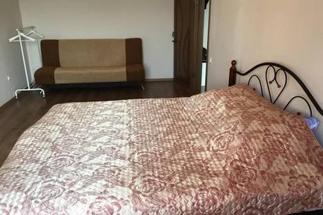 Сдается 2-комнатная квартира посуточно в Улан-Удэ, Мадагоева 1а.