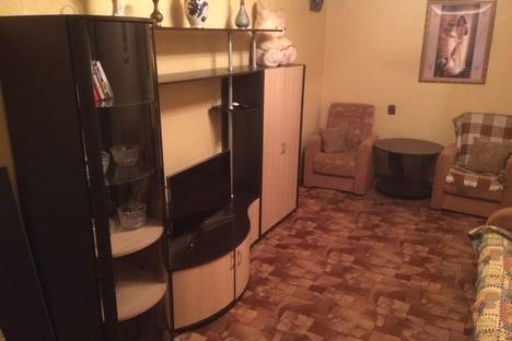 Сдается 2-комнатная квартира посуточно в Южно-Сахалинске, ул. Чехова, 172.