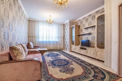 Сдается 2-комнатная квартира посуточно в Астане, ул.Орынбор д.17.