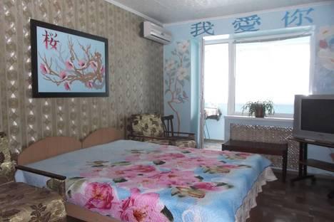 Сдается 2-комнатная квартира посуточно в Алуште, Республика Крым,Ялтинская улица, 1.