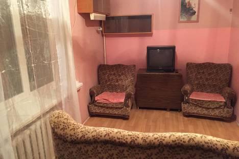 Сдается 2-комнатная квартира посуточно в Симферополе, Молодых Подпольщиков, 9.