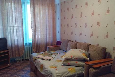 Сдается 1-комнатная квартира посуточно в Сатке, ул. Ленина, 11.
