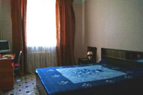 Сдается 2-комнатная квартира посуточно в Сатке, Калинина, 48.