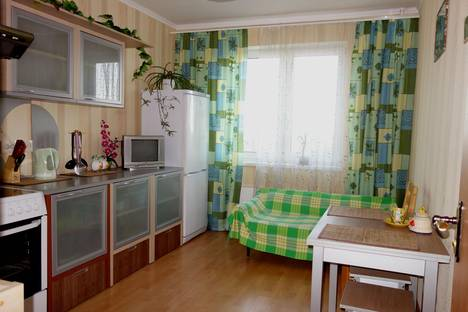 Сдается 1-комнатная квартира посуточнов Истре, ул. Андреевка, 44.