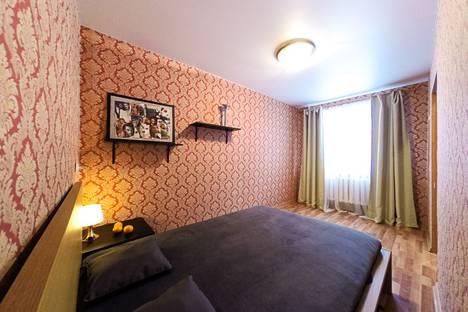 Сдается 2-комнатная квартира посуточнов Екатеринбурге, переулок Университетский, 3.