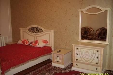 Сдается 1-комнатная квартира посуточнов Усинске, Молодежная, 5.