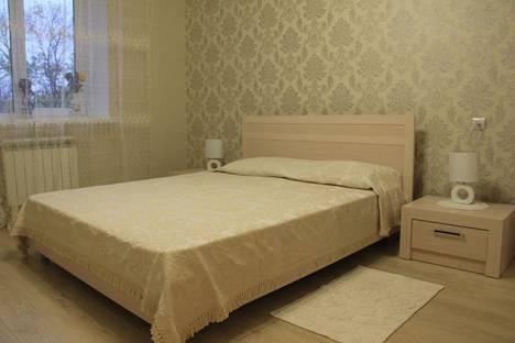 Сдается 3-комнатная квартира посуточно в Ессентуках, ул. Пятигорская, 7.