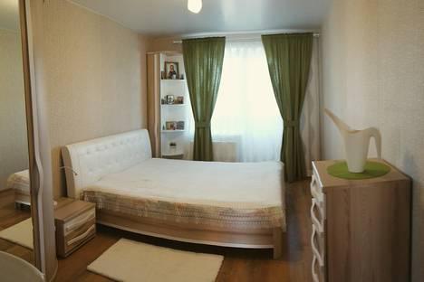 Сдается 3-комнатная квартира посуточно в Дивееве, Строителей 1б.