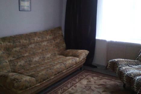 Сдается 2-комнатная квартира посуточно в Березниках, Свердлова 33 а.