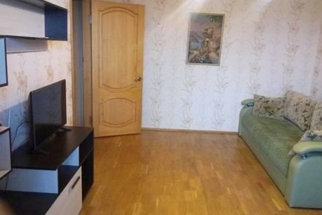 Сдается 2-комнатная квартира посуточно в Калуге, ул. Герцена, 3.