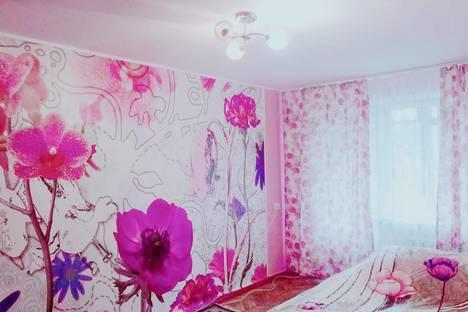 Сдается 1-комнатная квартира посуточно в Кропоткине, ул. Базарная, 10.