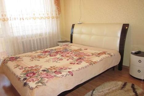 Сдается 2-комнатная квартира посуточно в Судаке, Партизанская 17.