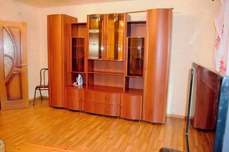 Сдается 3-комнатная квартира посуточно в Костроме, ул. Скворцова, 9.