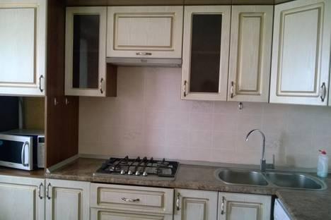 Сдается 2-комнатная квартира посуточнов Ольгинке, улица Фрунзе, 40.