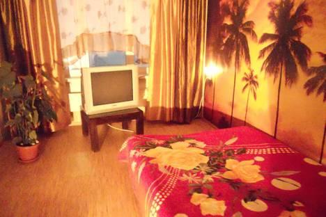 Сдается 3-комнатная квартира посуточно, улица Нарымская, 25.