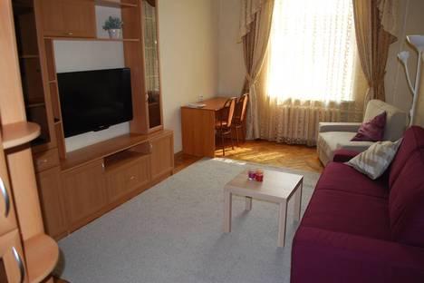Сдается 2-комнатная квартира посуточнов Санкт-Петербурге, Большой Сампсониевский проспект, 70.