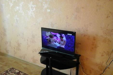 Сдается 2-комнатная квартира посуточно в Мегионе, Ул.Строителей 7/1.