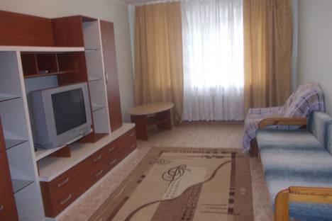 Сдается 3-комнатная квартира посуточно в Саратове, проспект Энтузиастов, 57.