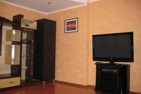 Сдается 2-комнатная квартира посуточно в Одессе, Днепропетровская дорога, 77.