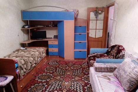 Сдается 1-комнатная квартира посуточно в Великом Устюге, улица Кузнецова, 7.