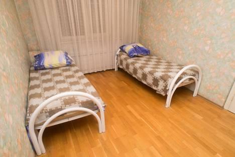 Сдается 3-комнатная квартира посуточнов Челябинске, улица Свободы, 163.