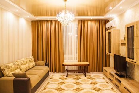 Сдается 2-комнатная квартира посуточно в Алматы, улица Брусиловского 159.