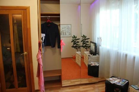 Сдается 1-комнатная квартира посуточно в Астрахани, улица Н. Островского, 115.