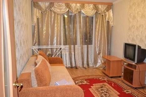 Сдается 2-комнатная квартира посуточно в Великом Новгороде, Воскресенский бульвар 2/2.