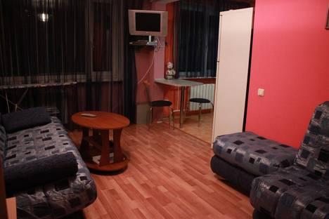 Сдается 1-комнатная квартира посуточно в Нефтеюганске, Грузовая улица.