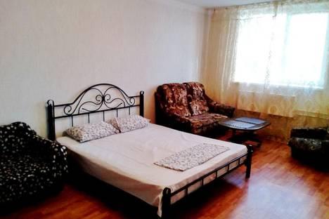 Сдается 2-комнатная квартира посуточно в Краснодаре, улица Кореновская, 73.
