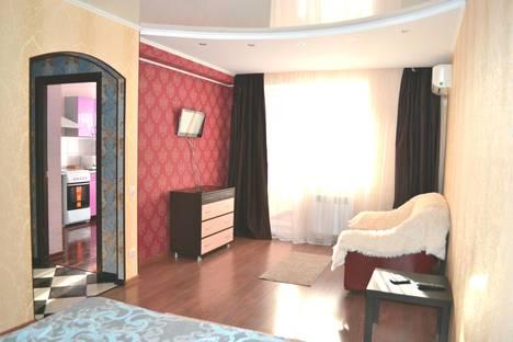 Сдается 1-комнатная квартира посуточнов Волжском, Оломоуцкая улица, 18.