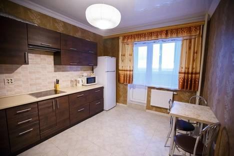 Сдается 1-комнатная квартира посуточно в Брянске, пр. Станке Димитрова, 65.