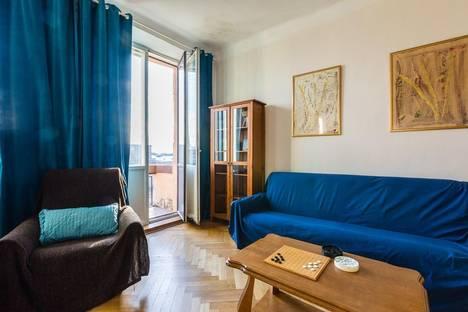 Сдается 4-комнатная квартира посуточнов Санкт-Петербурге, Кронверкский проспект 45.