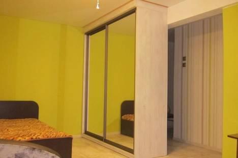 Сдается 1-комнатная квартира посуточно в Астрахани, улица Татищева, 57.