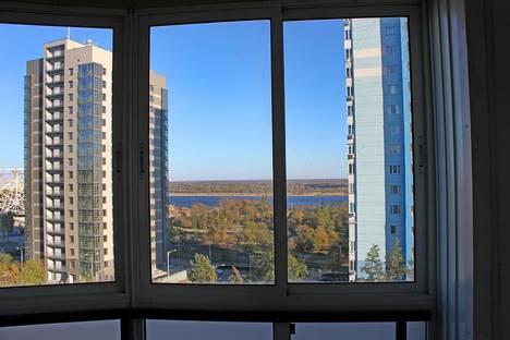 Сдается 2-комнатная квартира посуточно, проспект Ленина, 72А.