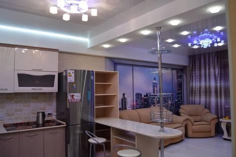 Сдается 3-комнатная квартира посуточно в Южно-Сахалинске, Комсомольская улица 373Б.