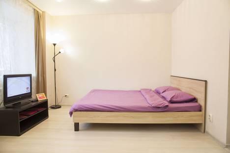Сдается 1-комнатная квартира посуточно в Петрозаводске, улица Анохина д.37.